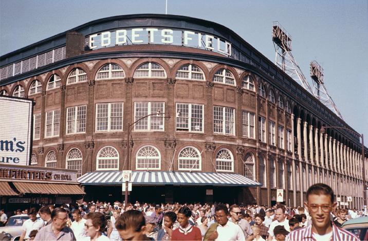 1952 - 1956 topps  bowman signed baseball card lot - sherm lollar - kluszewski