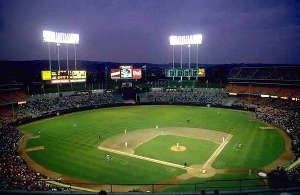 Hotels Near Oakland Coliseum Stadium