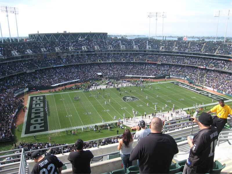 Los Oakland Raiders podrían quedarse con en su ciudad con un estadio de 1.300 millones de dólares