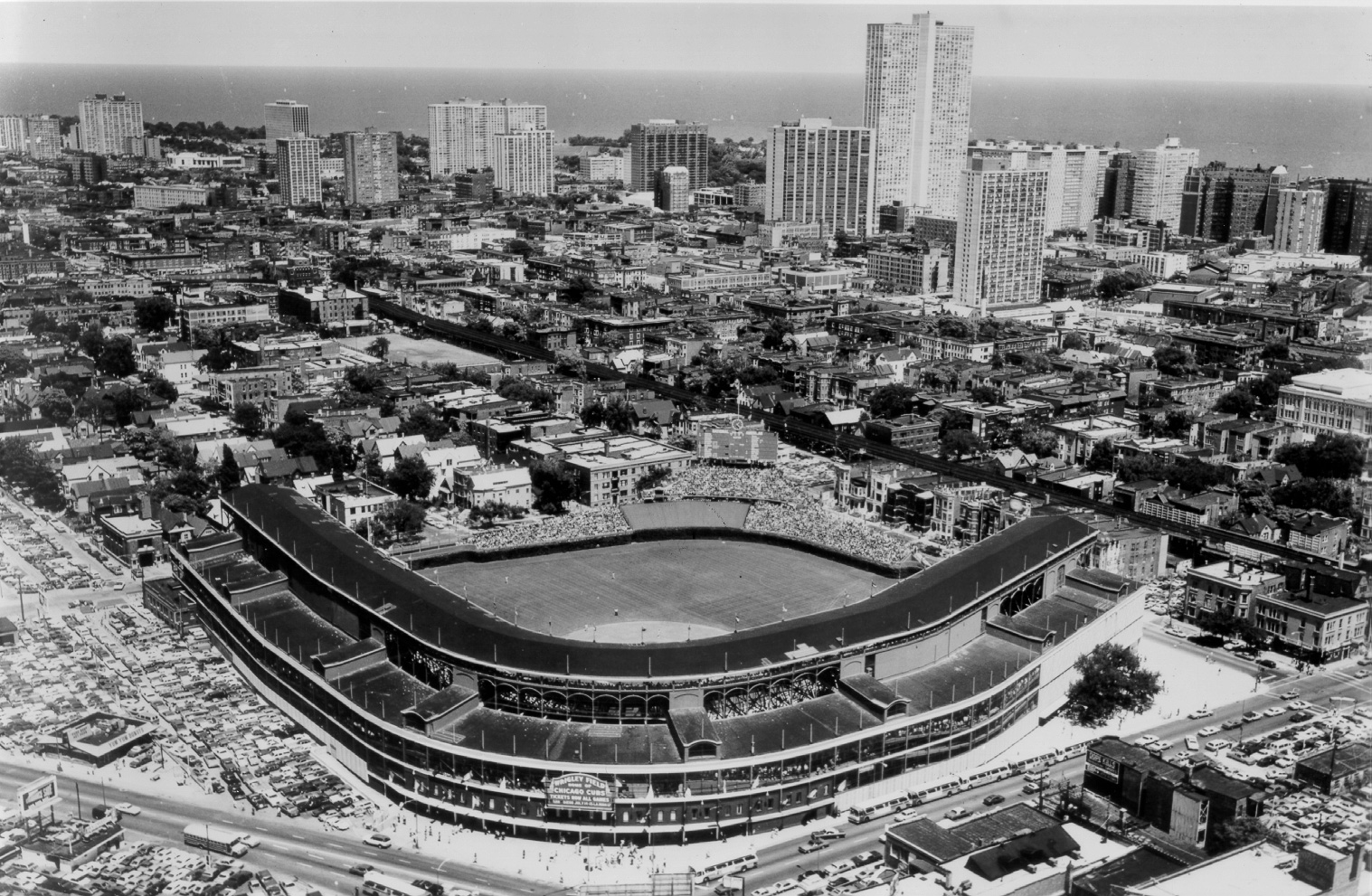 Wrigley field chicago cubs ballpark ballparks of baseball malvernweather Image collections