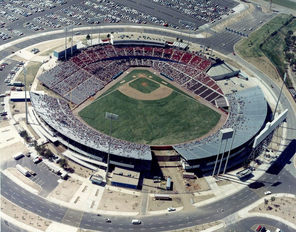 characteristics of new and old baseball stadiums in american cities Accompanying each baseball story a travel story with some of the best places to stay, learn and nosh while you're in each of these fantastic american cities.