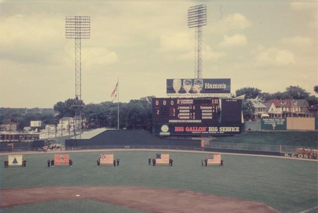 Kansas City Municipal Stadium - history, photos and more ...