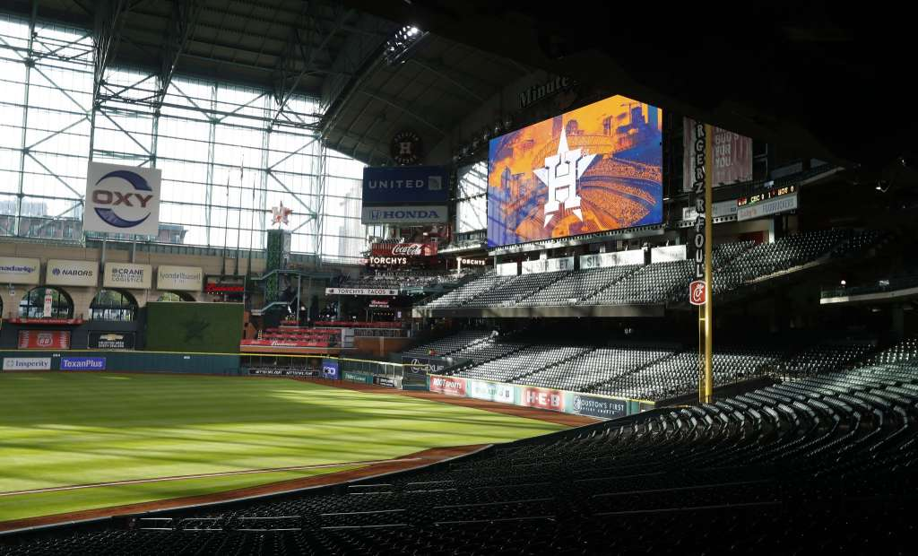 Astros Unveil Renovations To Minute Maid Park S Center