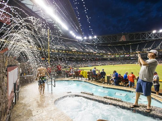 636422881647215776-Chase-Field-Pool-9